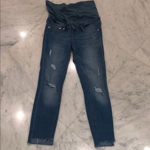 H&M skinny distressed maternity jeans